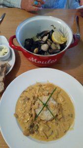 OOTB 03 Wild Mushroom Stroganoff & Seafood Pot