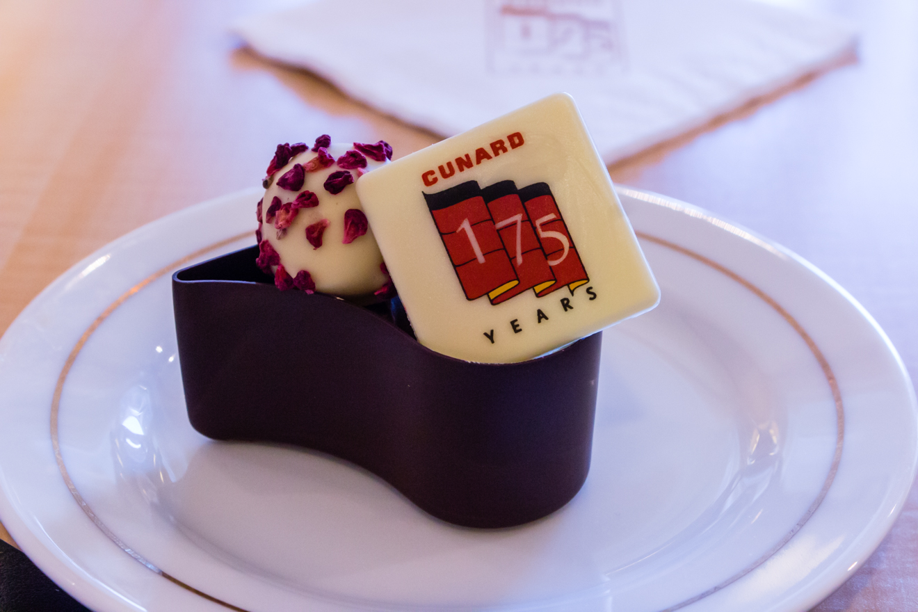 Day 04 - 15B Chocolates