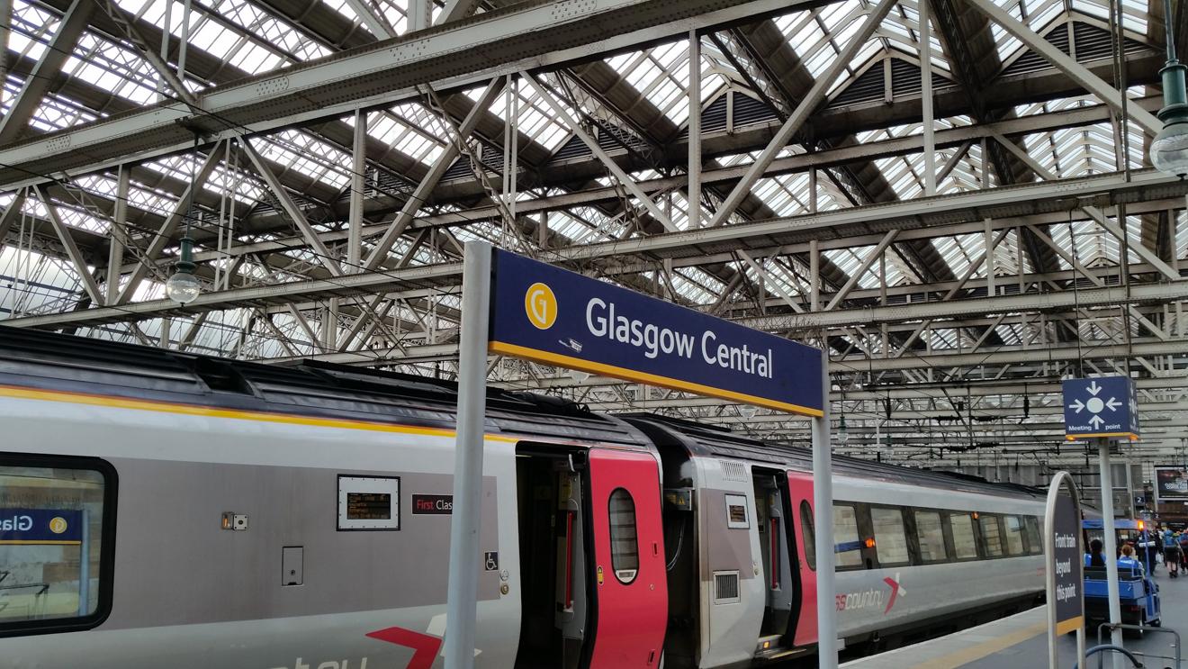 Onward 34 Glasgow Station