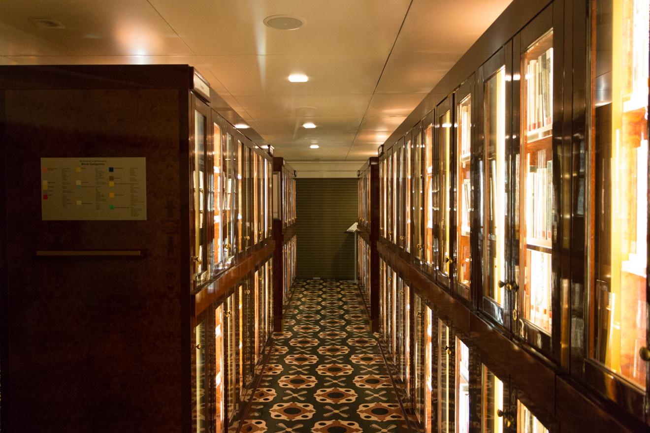 QM2 - Night Library