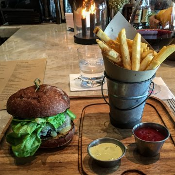 Four Seasons, Goldfinch Tavern, Hamburger, Restaurants